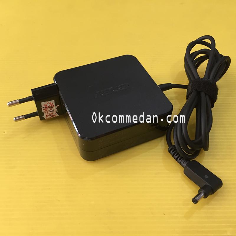 Adaptor untuk Asus 19v 3.42a konektor kecil ( 1.35mm )