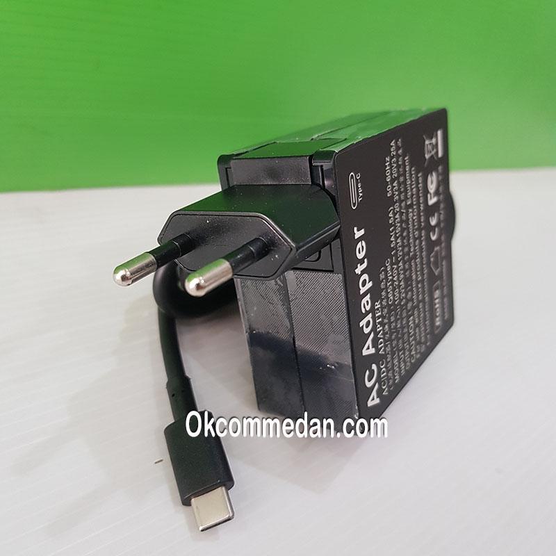 Adaptor USB Tipe C untuk laptop 65 watt berkualitas
